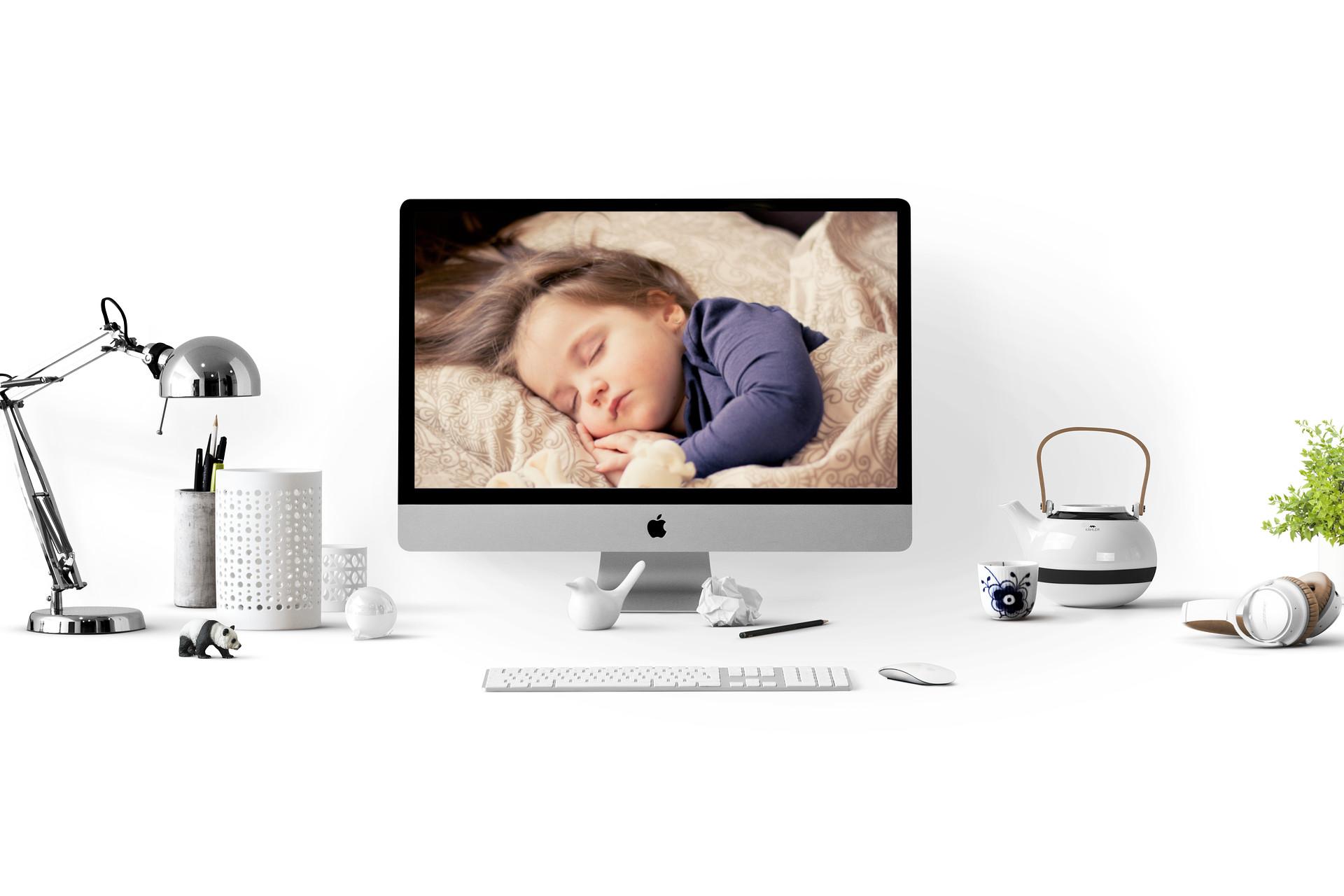 余っているPCとWebカメラで赤ちゃんの見守りカメラを自作する